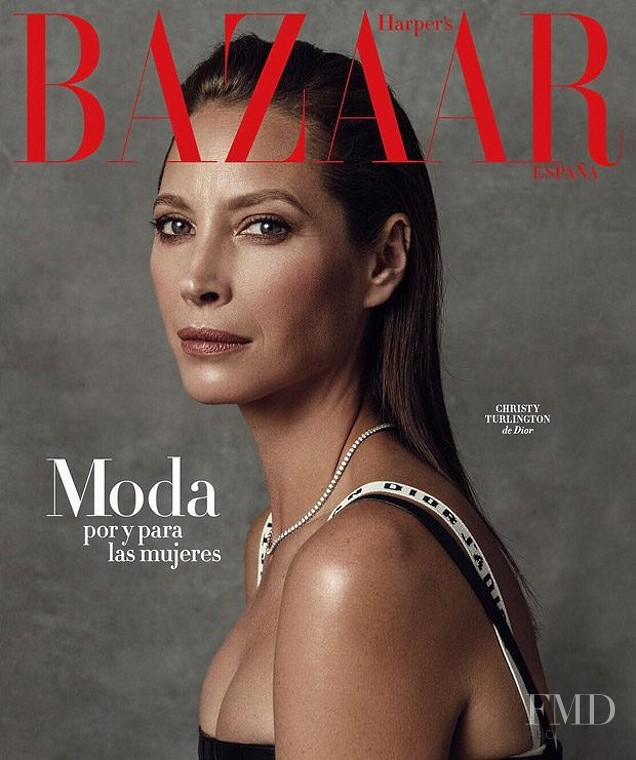 Christy Turlington featured on the Harper\'s Bazaar Spain cover from March 2017
