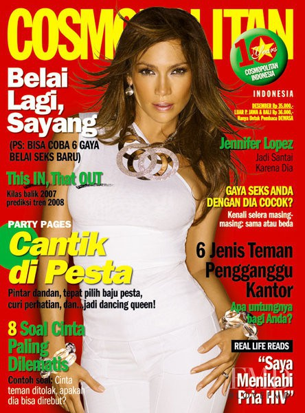 Jennifer Lopez featured on the Cosmopolitan Indonesia cover from December 2007