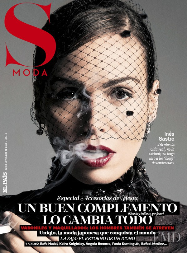 Ines Sastre featured on the S Moda cover from November 2011