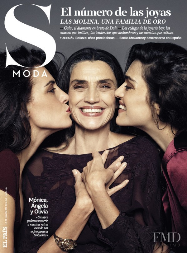 Mónica Molina, Ángela Molina y Olivia Molina featured on the S Moda cover from November 2012