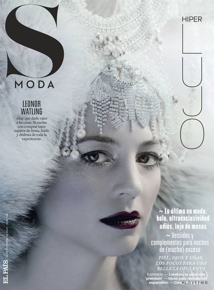 Leonor Watling featured on the S Moda cover from December 2013
