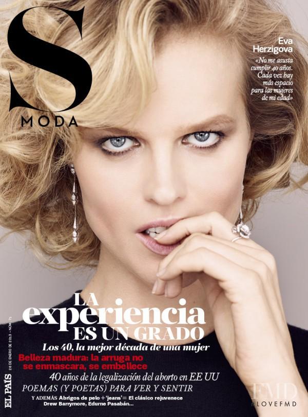 Eva Herzigova featured on the S Moda cover from January 2013