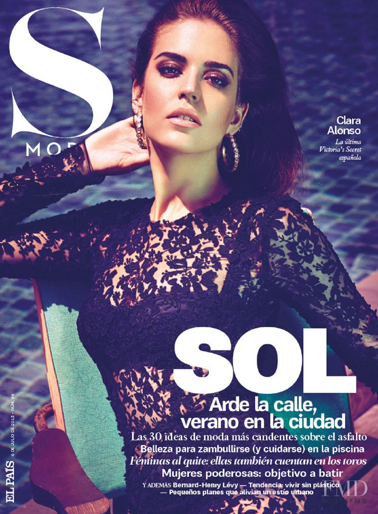 Clara Alonso featured on the S Moda cover from July 2013