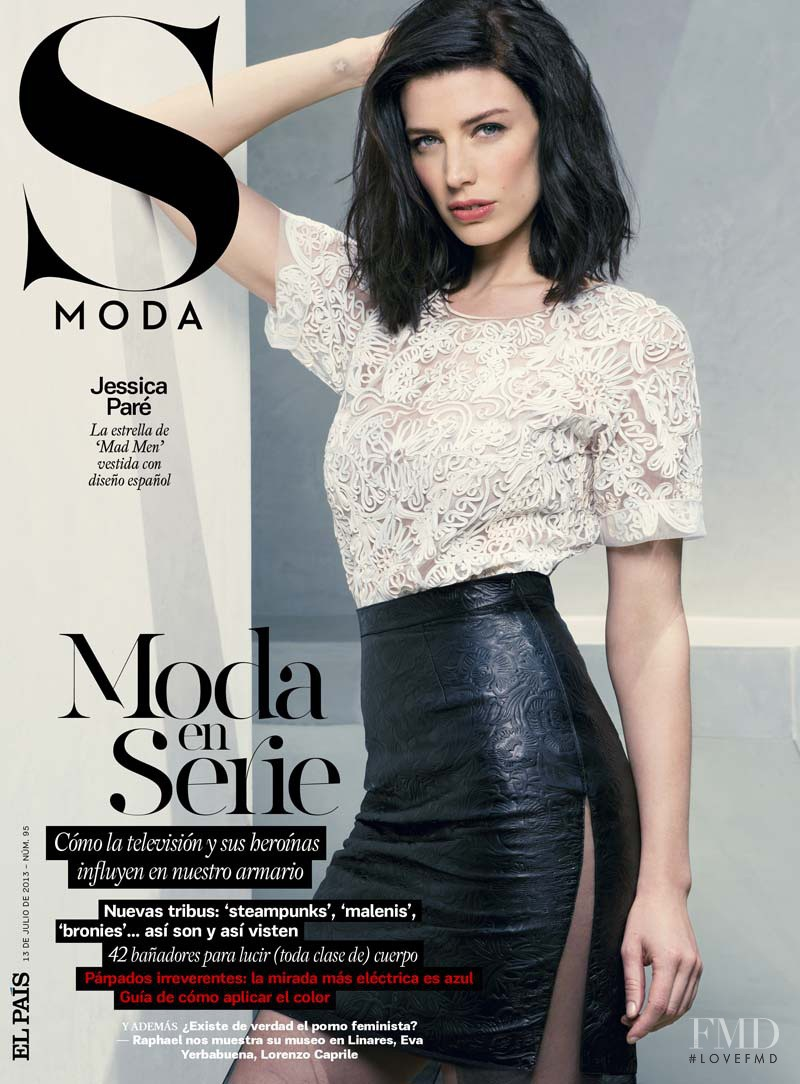 Jessica Paré featured on the S Moda cover from July 2013