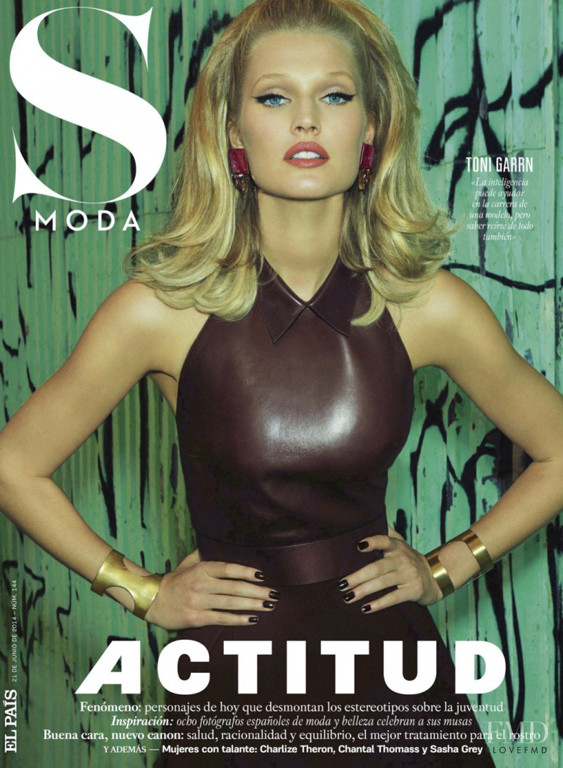 Toni Garrn featured on the S Moda cover from June 2014