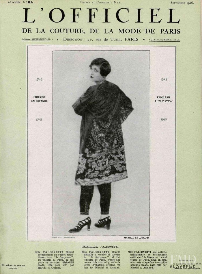 featured on the L\'Officiel France cover from September 1926