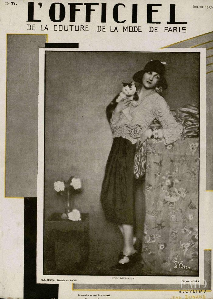 featured on the L\'Officiel France cover from July 1927