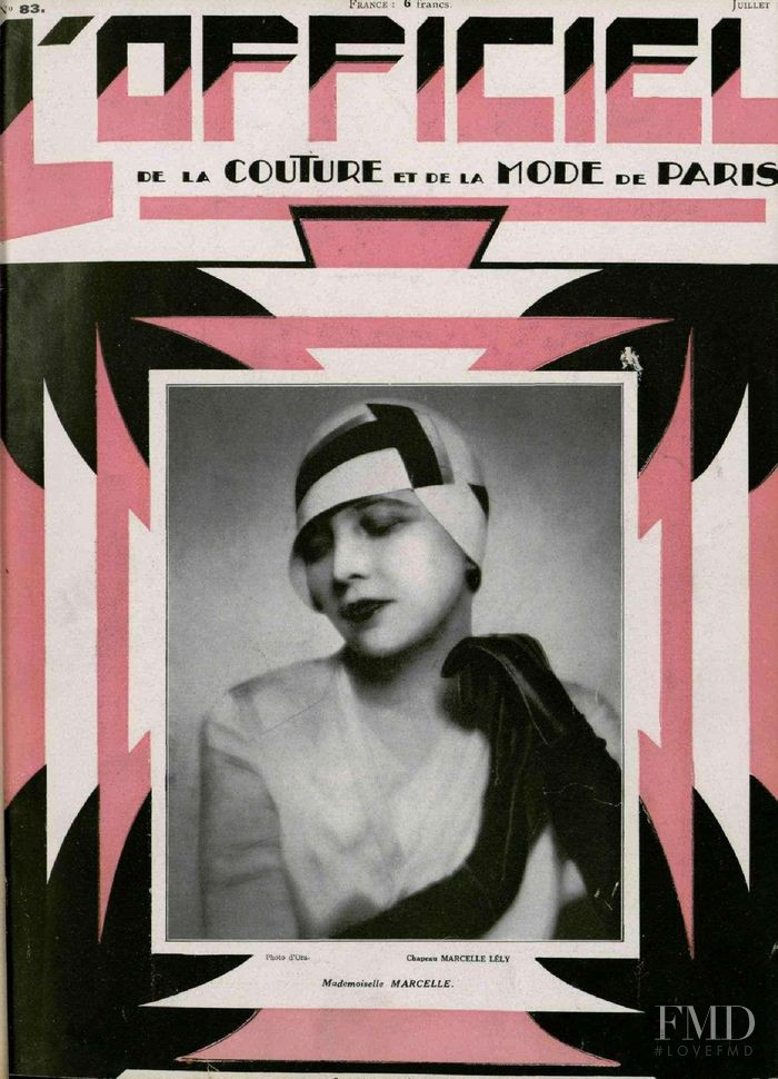 featured on the L\'Officiel France cover from July 1928