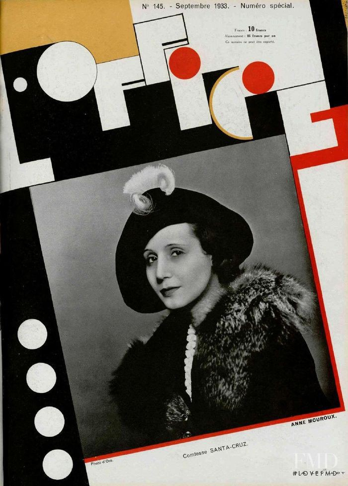 featured on the L\'Officiel France cover from September 1933