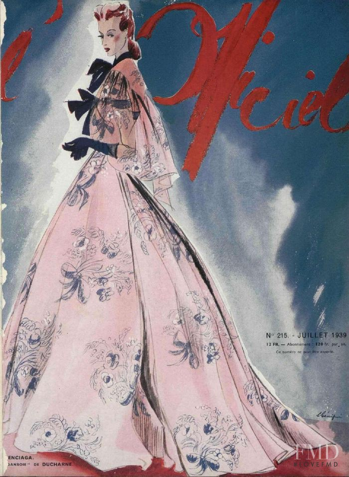 featured on the L\'Officiel France cover from July 1939