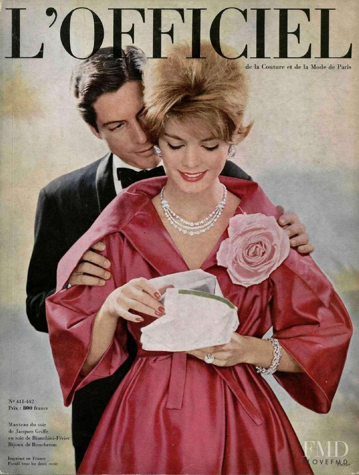 featured on the L\'Officiel France cover from December 1958