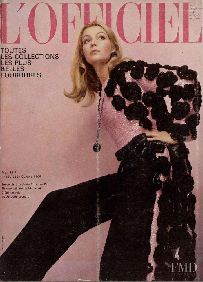 featured on the L\'Officiel France cover from October 1966