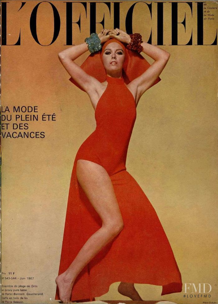 featured on the L\'Officiel France cover from June 1967