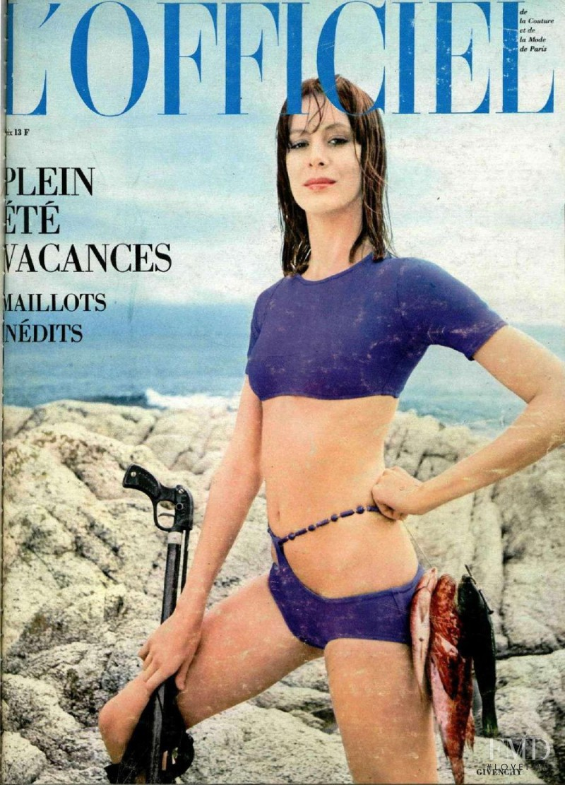 featured on the L\'Officiel France cover from June 1971