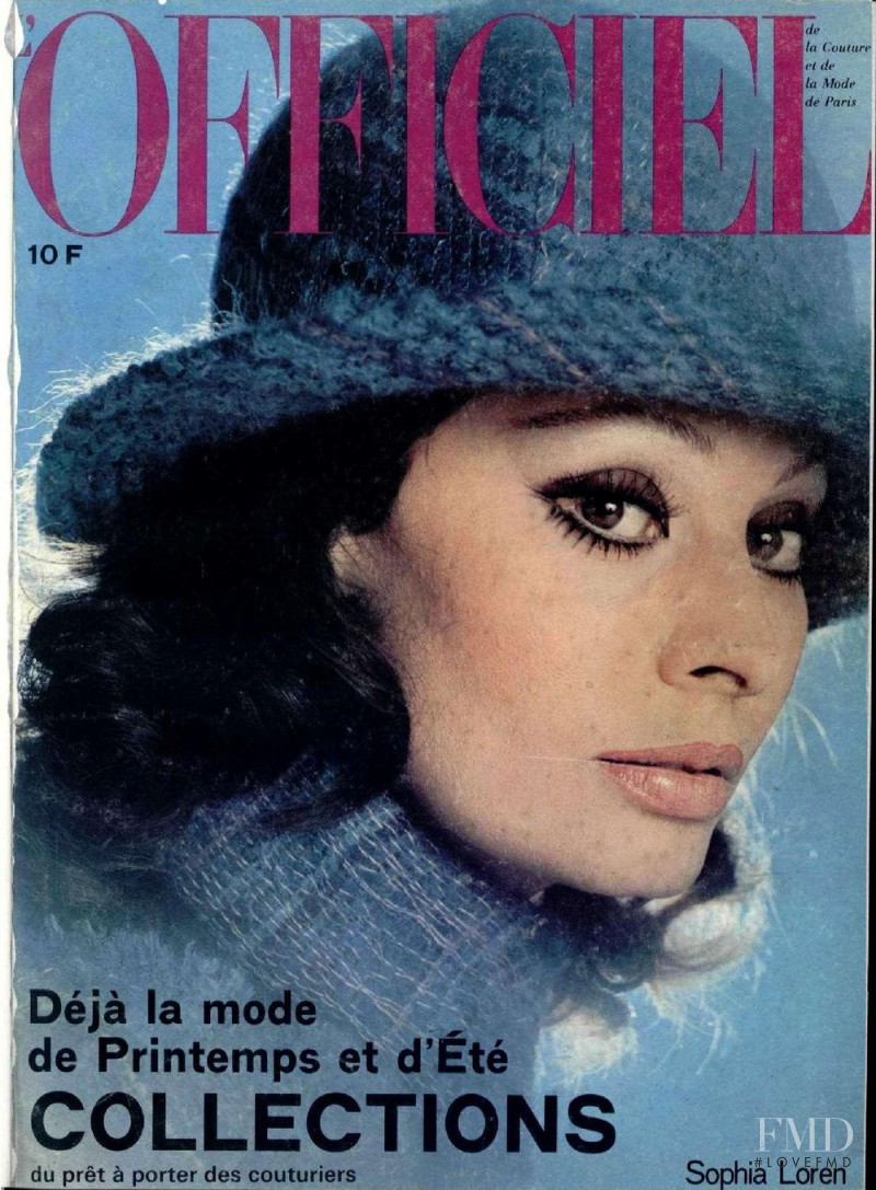 Sophia Loren featured on the L\'Officiel France cover from February 1975