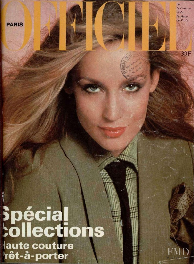 Jerry Hall featured on the L\'Officiel France cover from March 1978