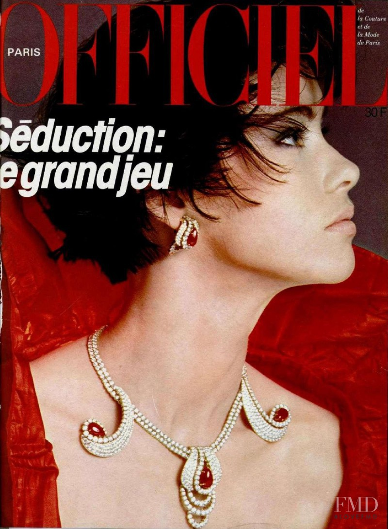 featured on the L\'Officiel France cover from December 1984