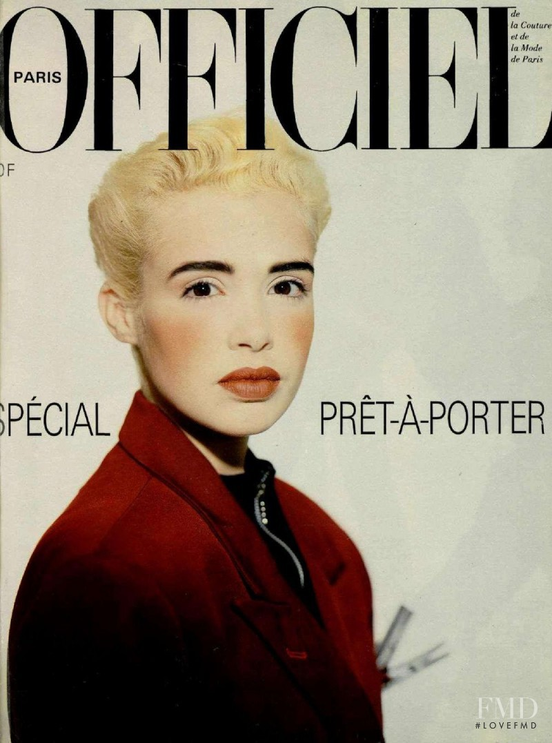 featured on the L\'Officiel France cover from August 1986