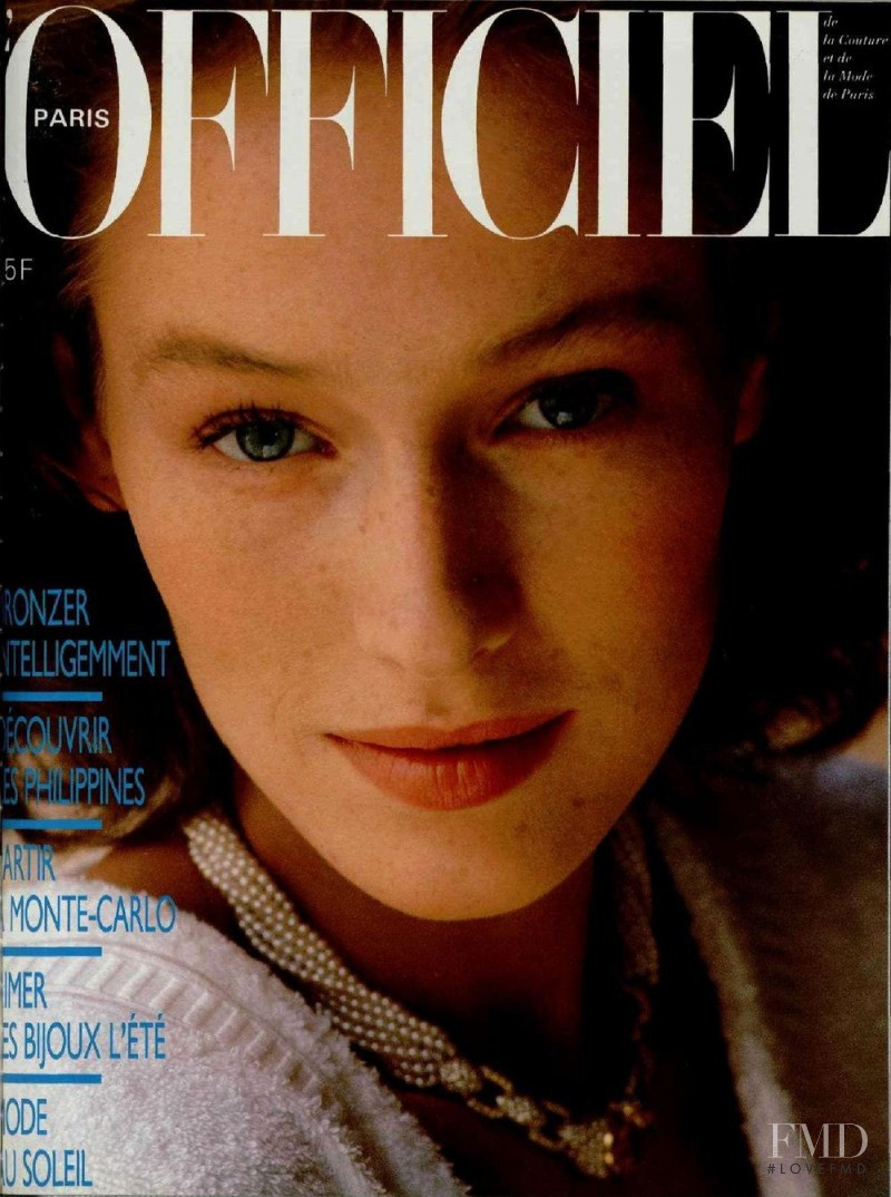 featured on the L\'Officiel France cover from June 1986