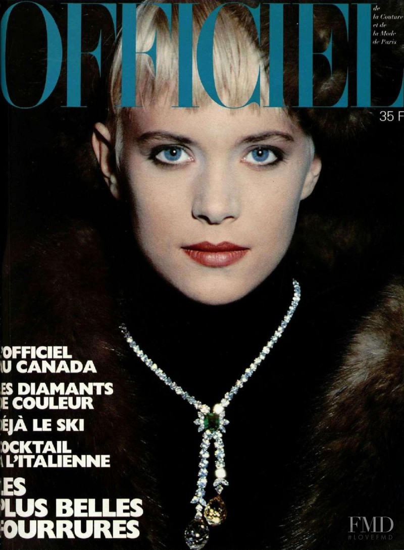 featured on the L\'Officiel France cover from November 1986