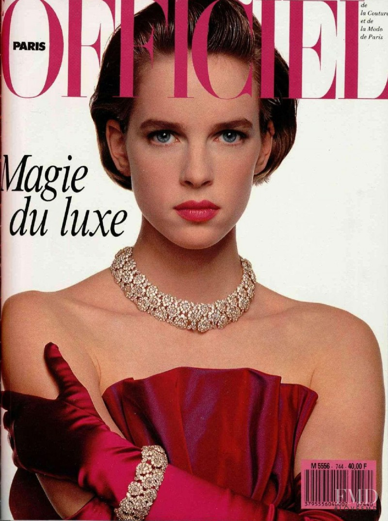 featured on the L\'Officiel France cover from October 1988
