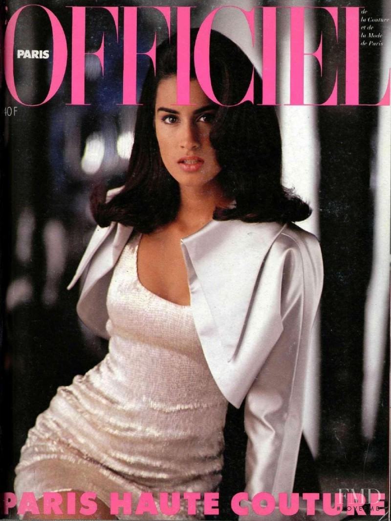 Yasmeen Ghauri featured on the L\'Officiel France cover from August 1990