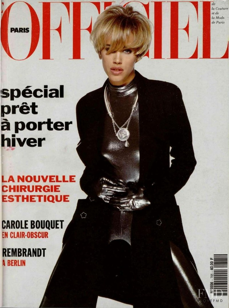 Monica Bellucci featured on the L\'Officiel France cover from June 1991