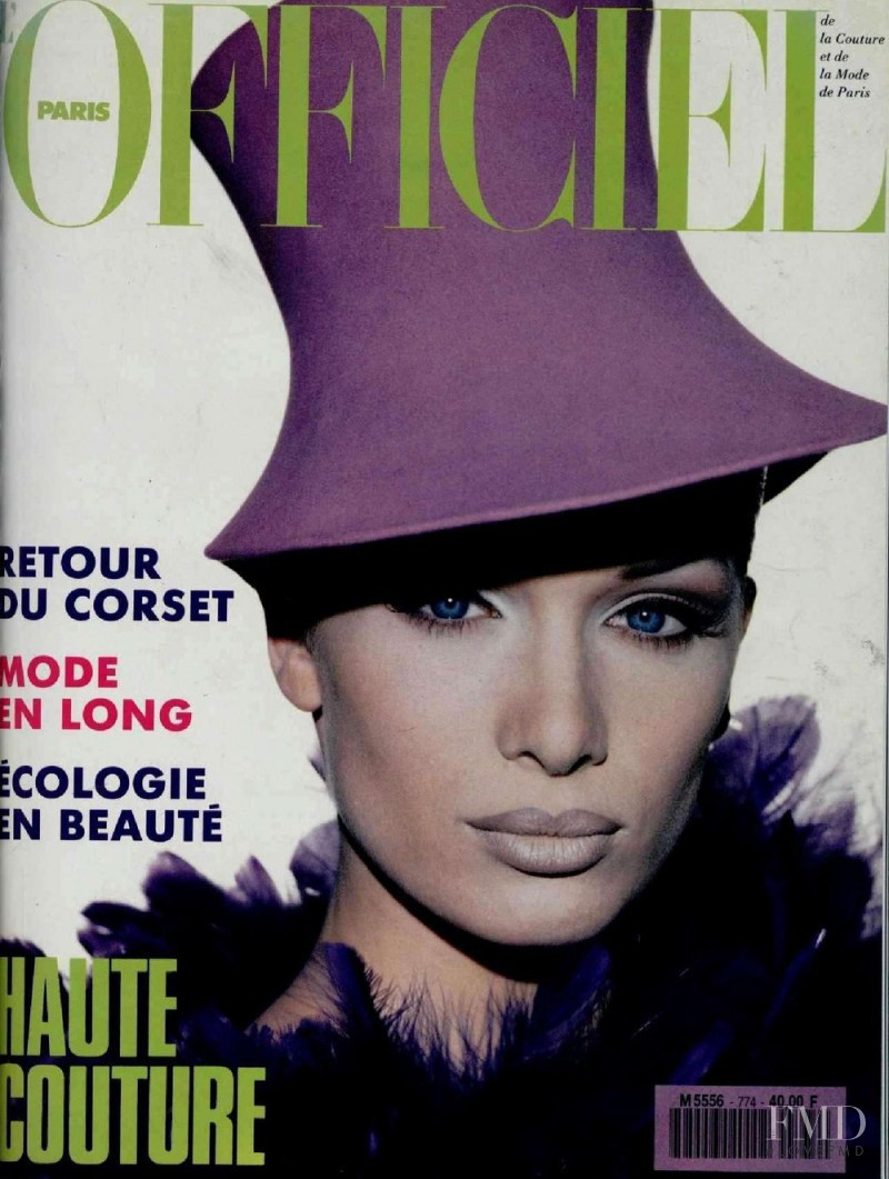 Angelika Kallio featured on the L\'Officiel France cover from August 1992