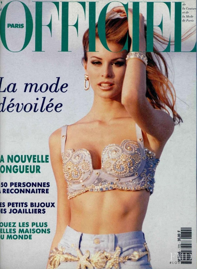 Niki Taylor featured on the L\'Officiel France cover from May 1992