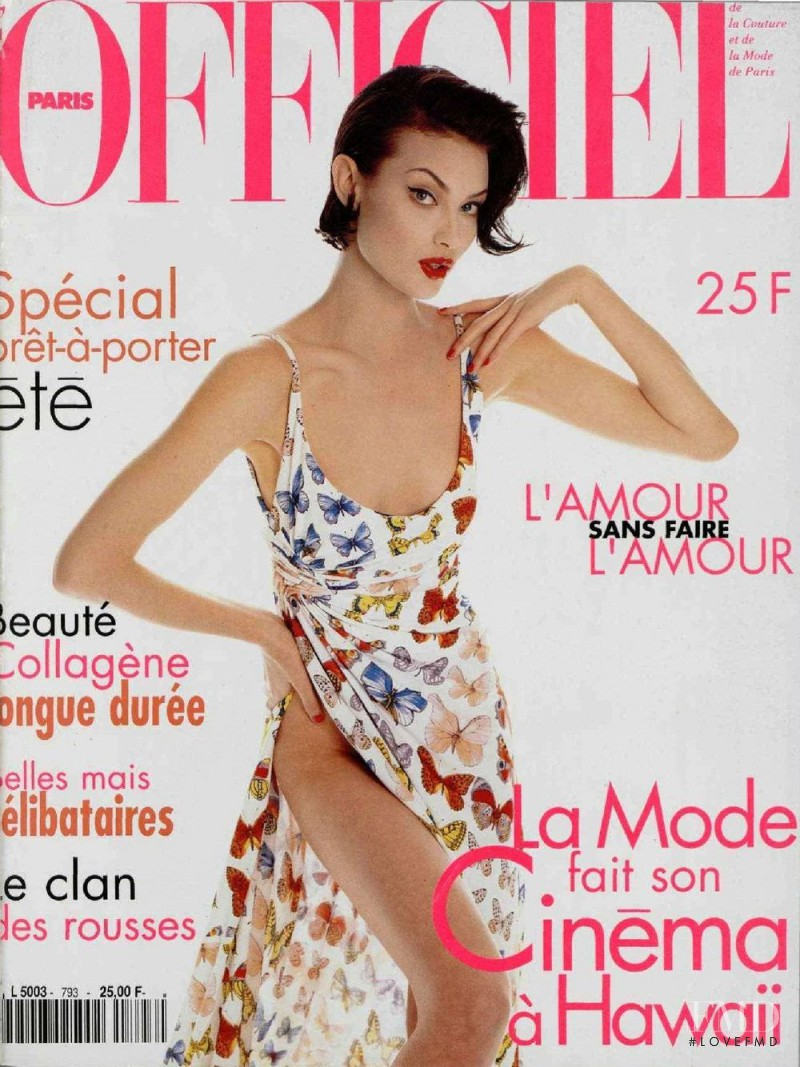 featured on the L\'Officiel France cover from February 1995