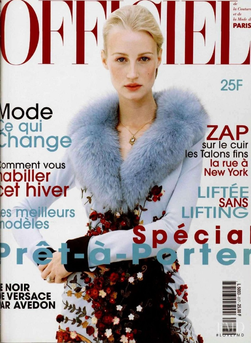 featured on the L\'Officiel France cover from August 1997