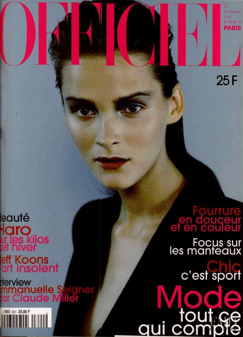 featured on the L\'Officiel France cover from November 1997