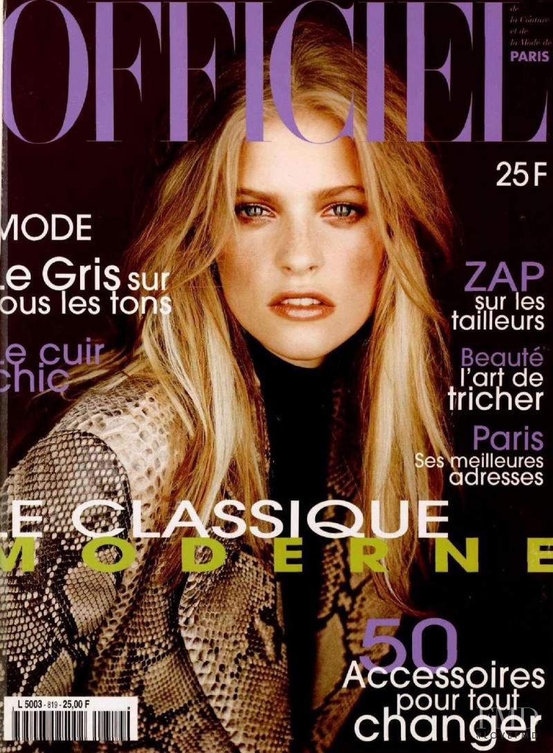 featured on the L\'Officiel France cover from October 1997
