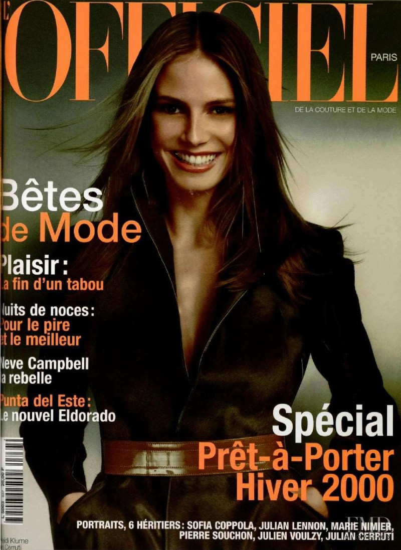 Heidi Klum featured on the L\'Officiel France cover from August 1999