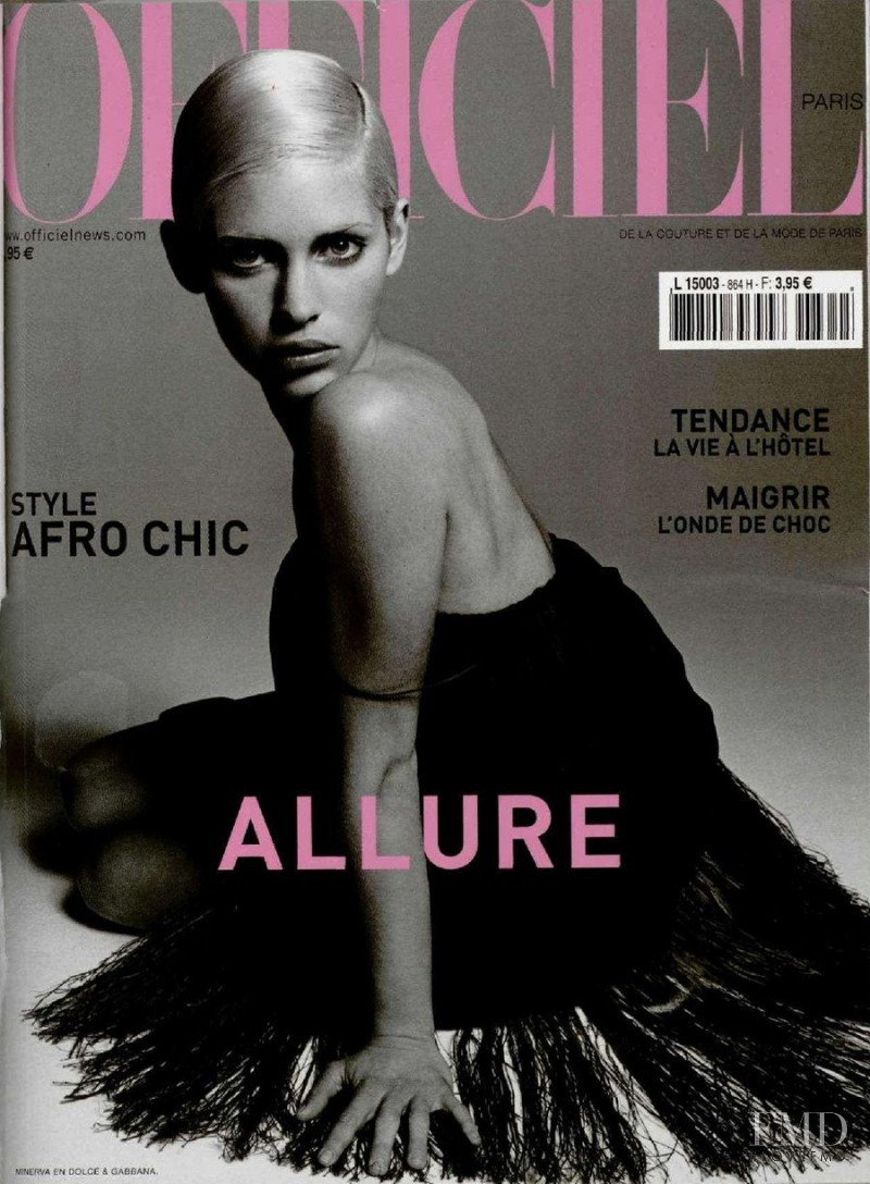 Minerva Portillo featured on the L\'Officiel France cover from April 2002