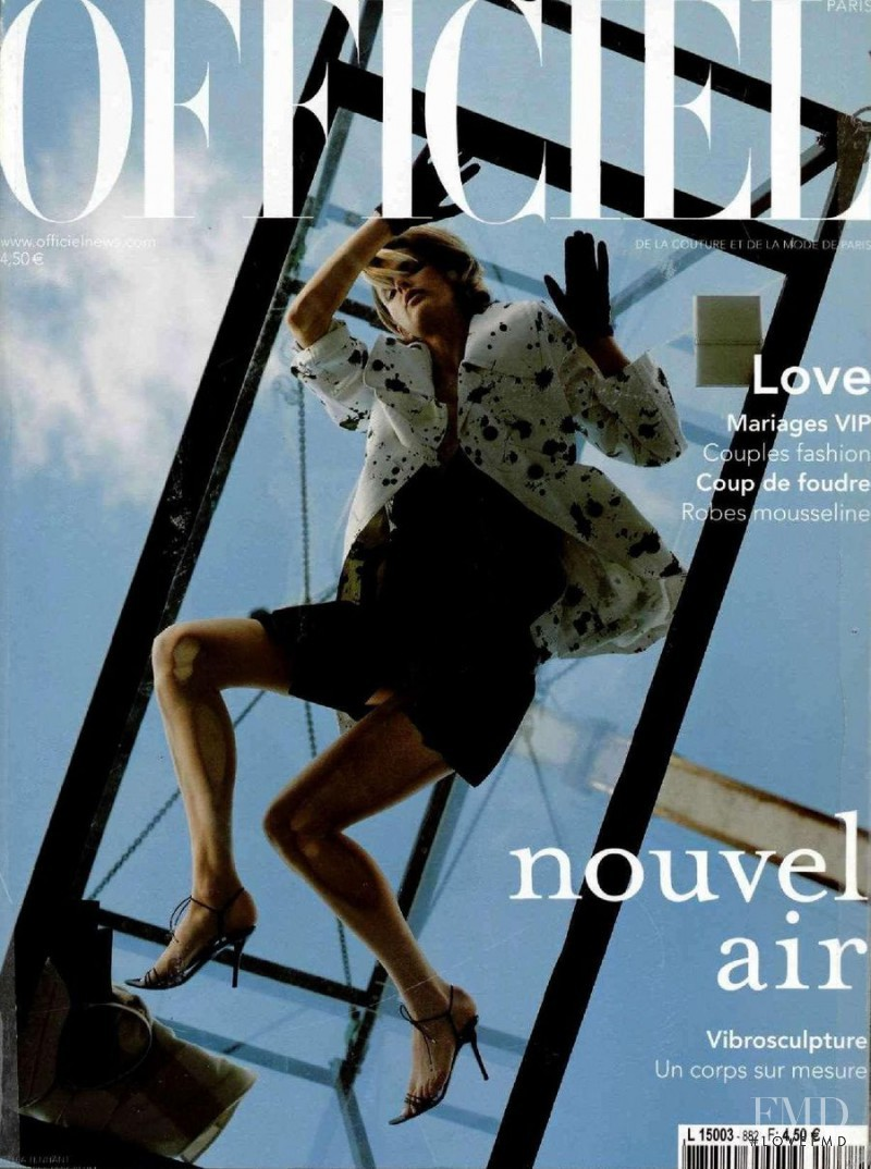 featured on the L\'Officiel France cover from February 2004