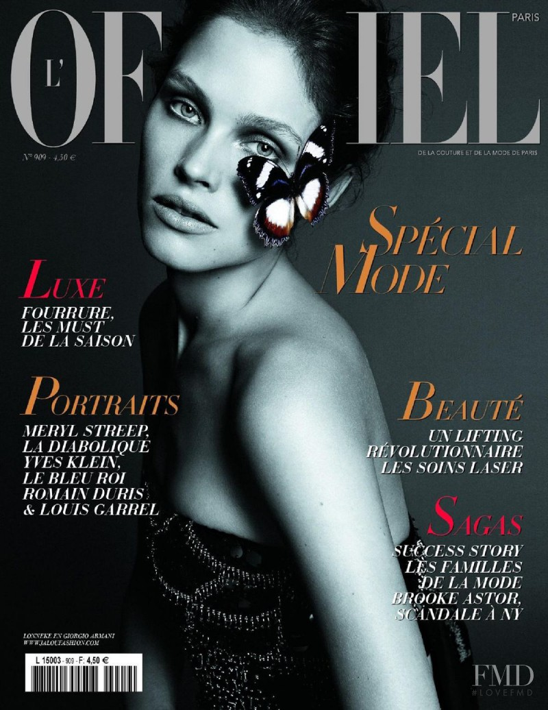 Lonneke Engel featured on the L\'Officiel France cover from October 2006