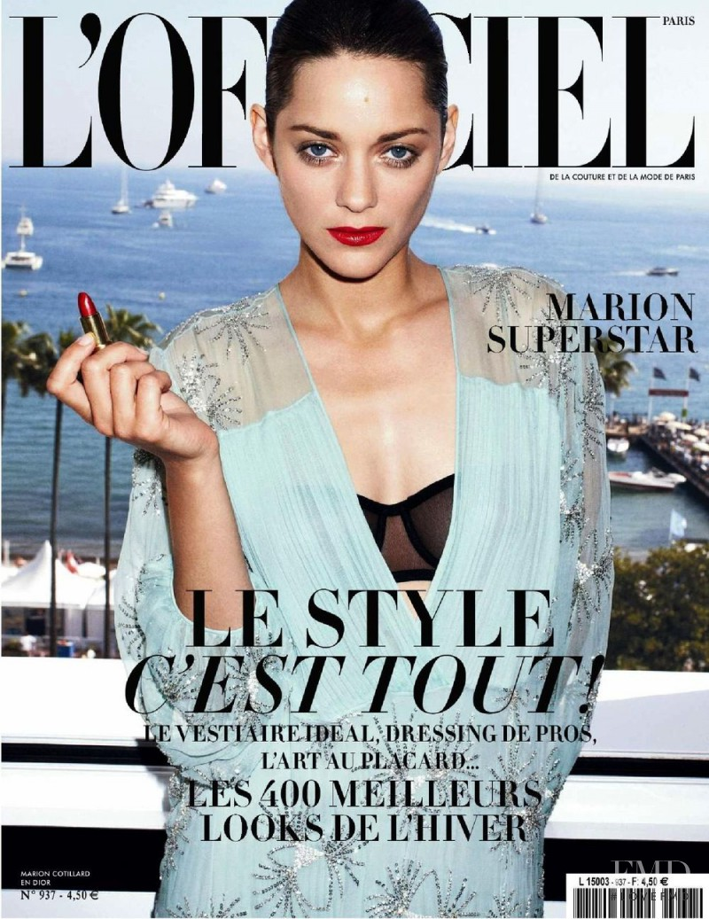 Marion Cotillard featured on the L\'Officiel France cover from August 2009
