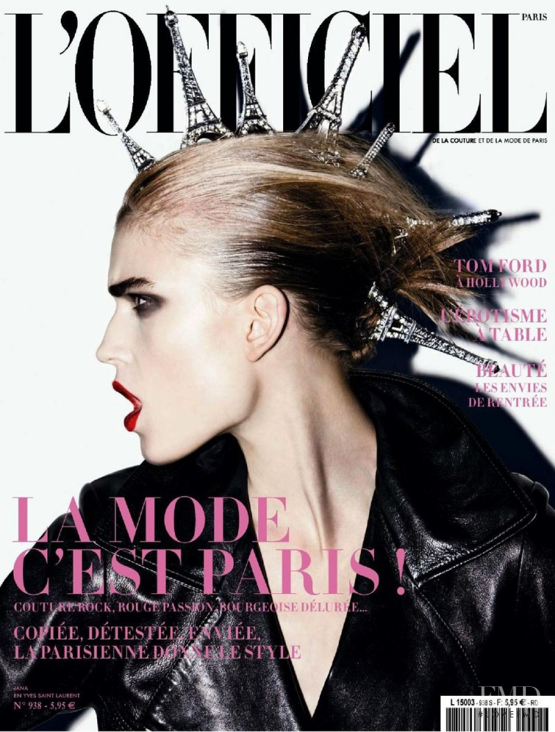 Jana Knauerova featured on the L\'Officiel France cover from September 2009