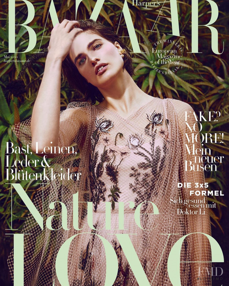 Julia van Os featured on the Harper\'s Bazaar Germany cover from May 2020