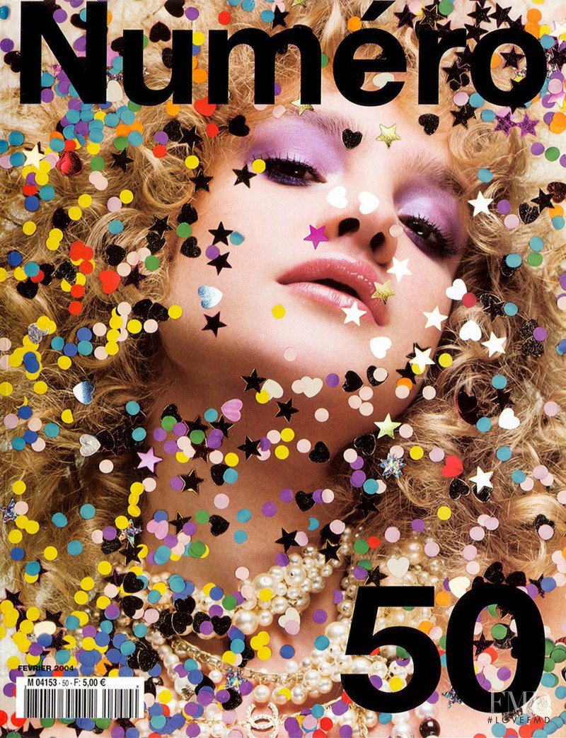Natalia Vodianova featured on the Numéro France cover from February 2004