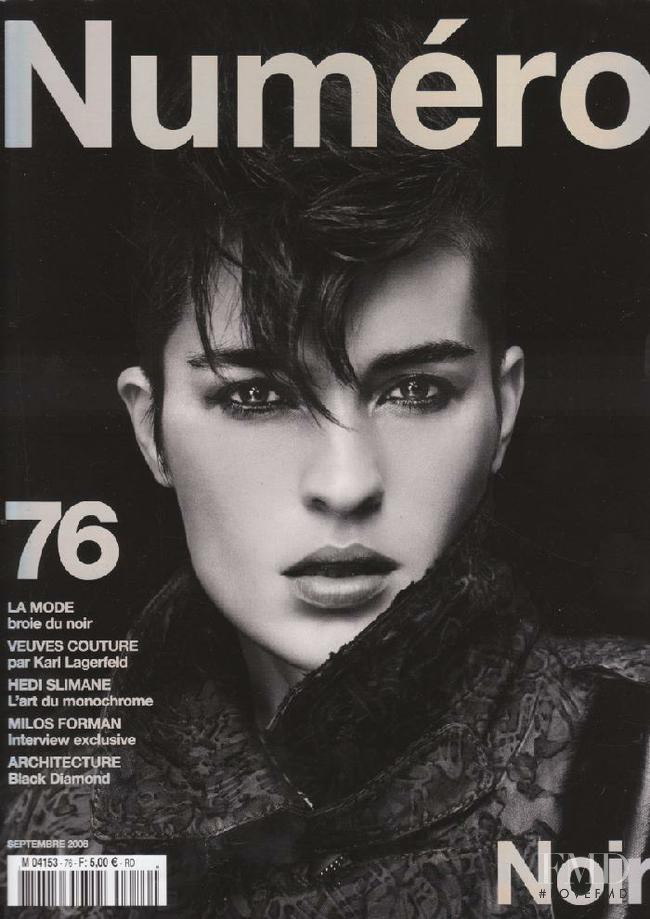 Amanda Moore featured on the Numéro France cover from September 2006