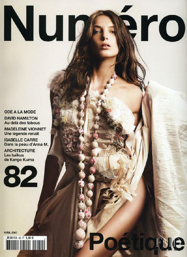 Daria Werbowy featured on the Numéro France cover from April 2007