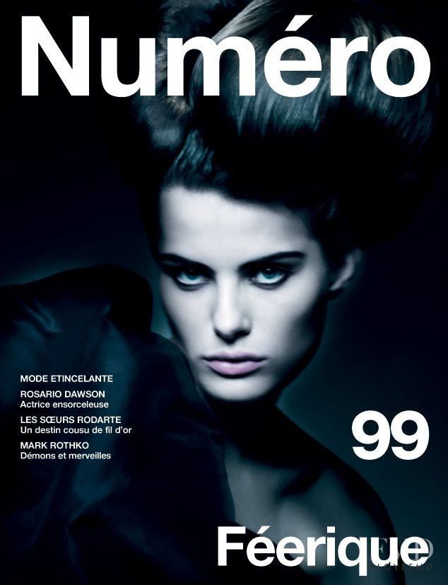 Isabeli Fontana featured on the Numéro France cover from December 2008