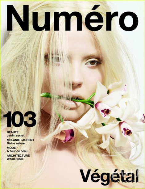 Magdalena Frackowiak featured on the Numéro France cover from May 2009