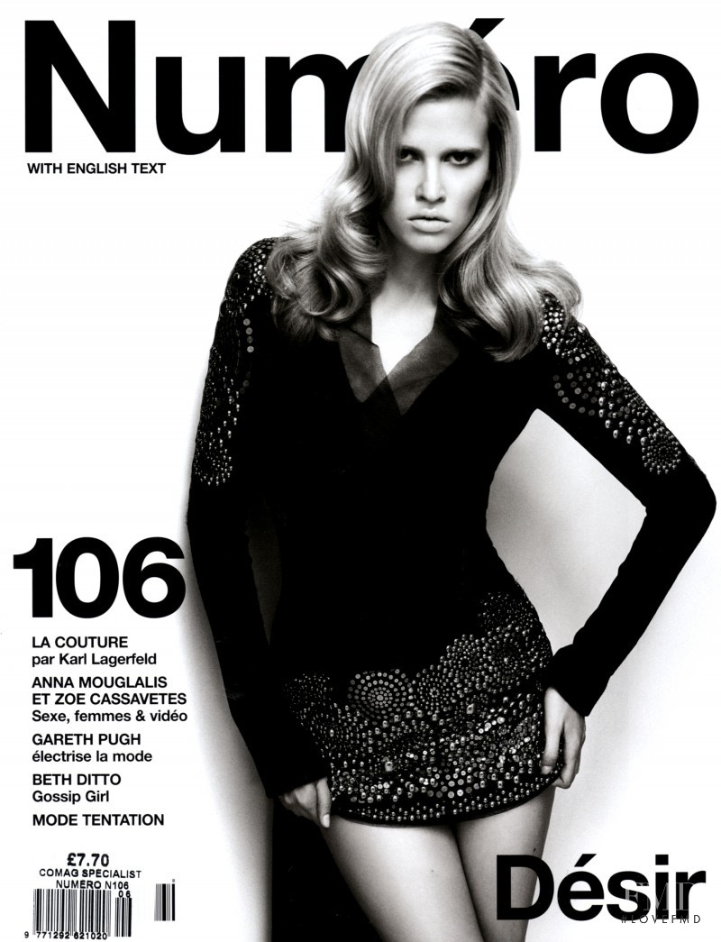 Lara Stone featured on the Numéro France cover from September 2009