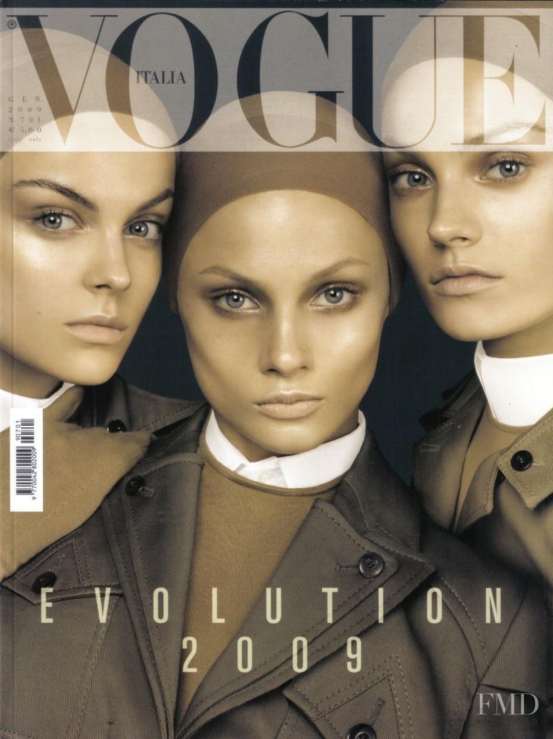 Anna Maria Jagodzinska, Anna Selezneva, Viktoriya Sasonkina featured on the Vogue Italy cover from January 2009