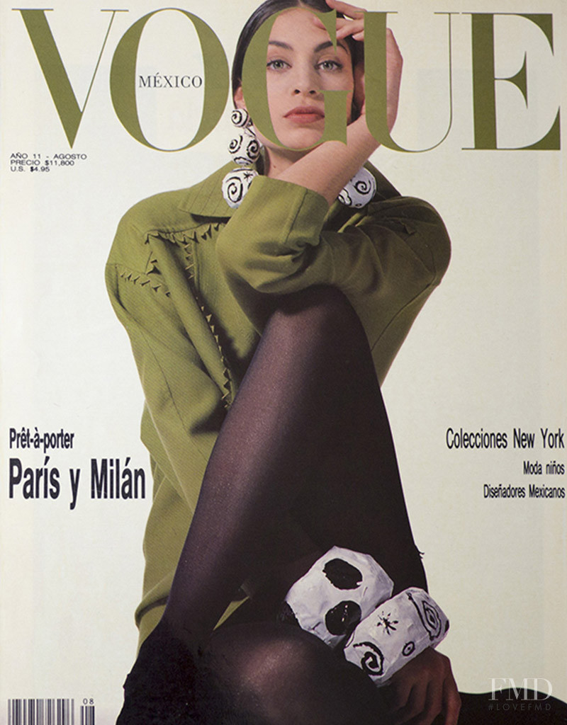 Jana Rajlich featured on the Vogue Mexico cover from August 1990