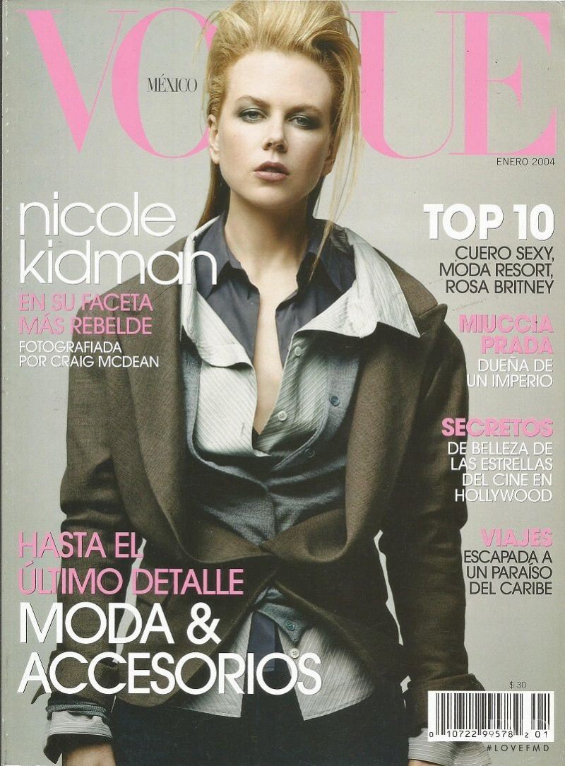 featured on the Vogue Mexico cover from January 2004