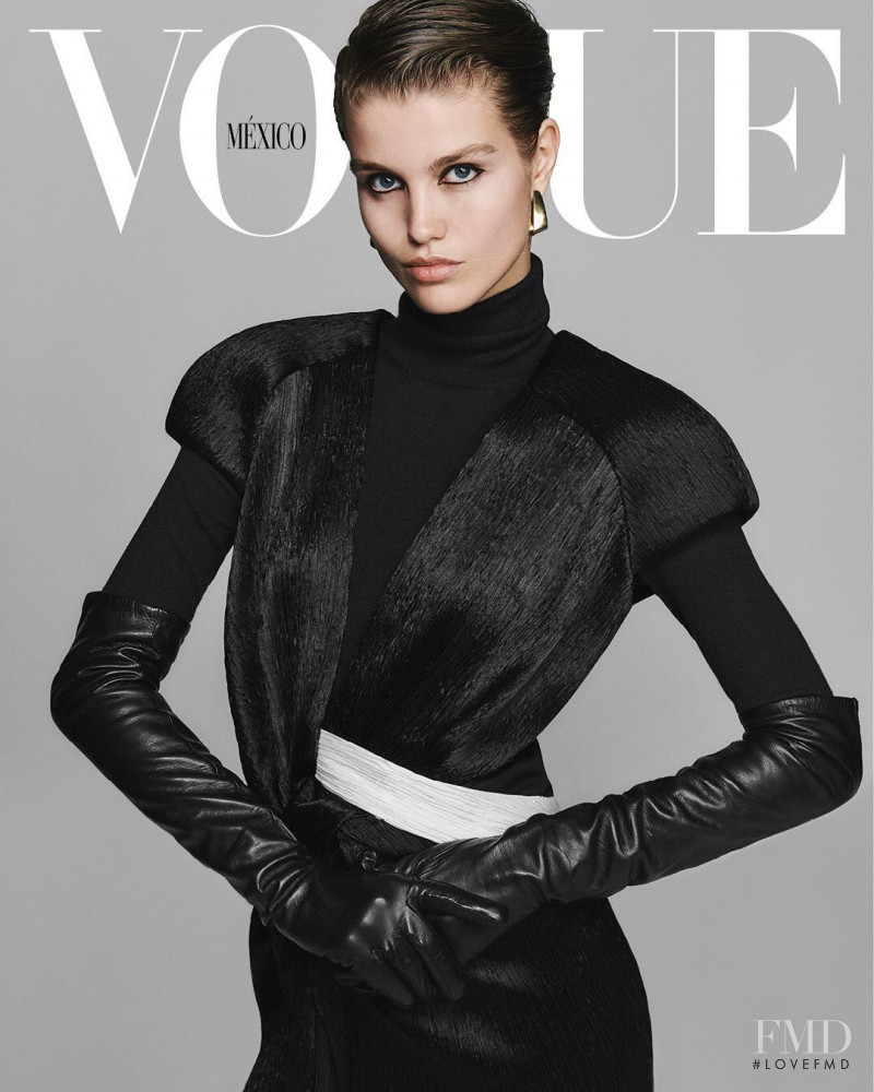Luna Bijl featured on the Vogue Mexico cover from December 2018